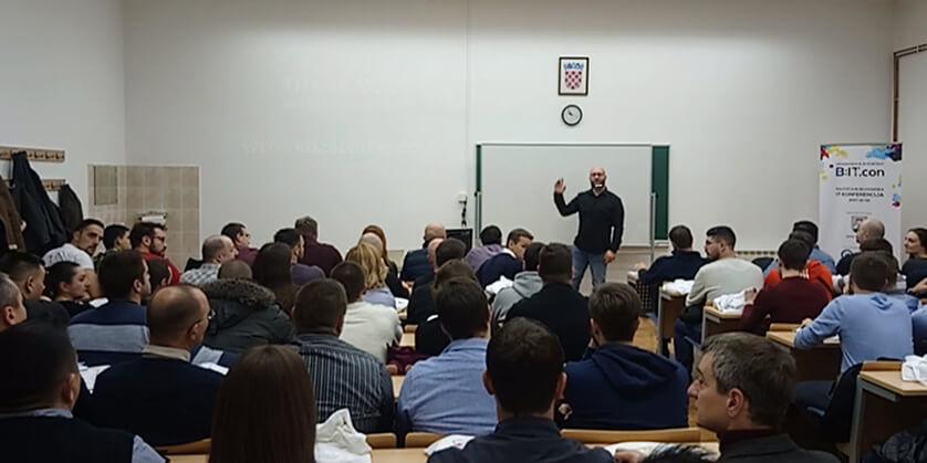 FREELANCING BEZ CENZURE by Tomislav Kozačinski